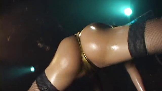 Bikini dance 2