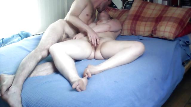 Girlfriend hidden cam bedroom