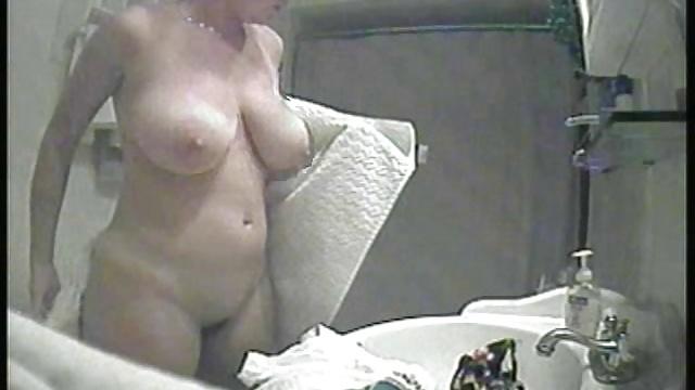 Фото скрытой камерой сисек