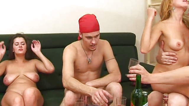 Russian group sex 3