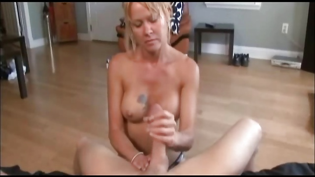 Some amazing and awesome cumshots (4).