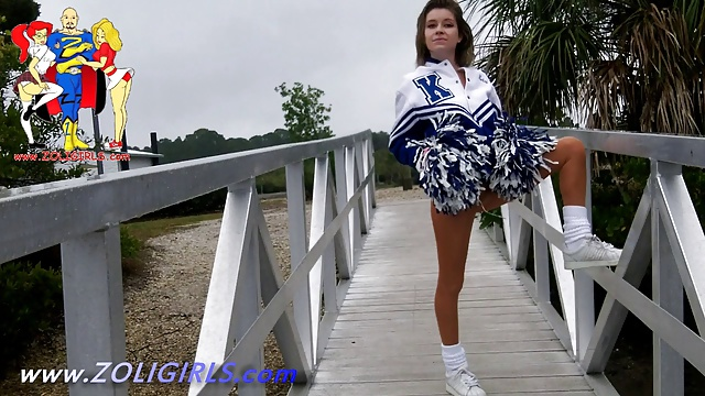 Teen Cheerleader Alaina