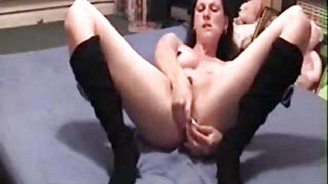 UK WIFE ANAL DILDO