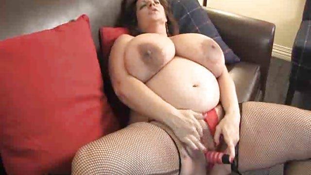Азиаток машине мастурбация толстых с огромными сиськами фото