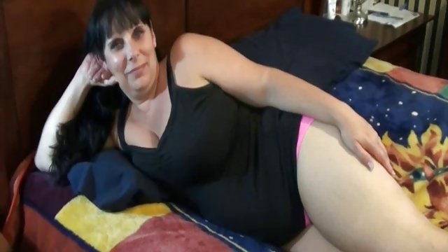 Plump Housewife Makes Her First Sex Tape